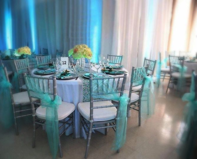 Blue reception decor