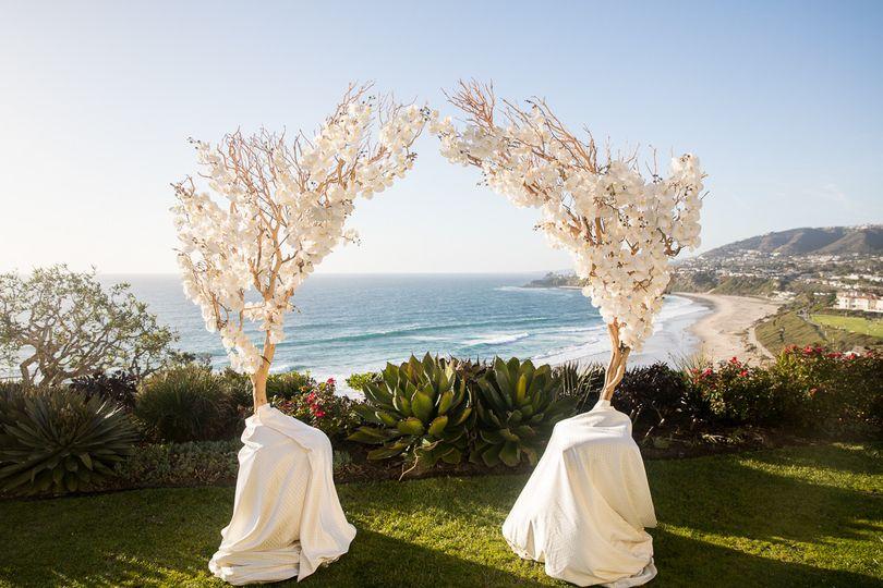 Wedding arbor set-up