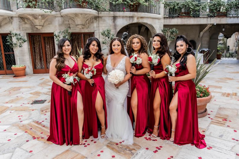 Just a brides with her babes
