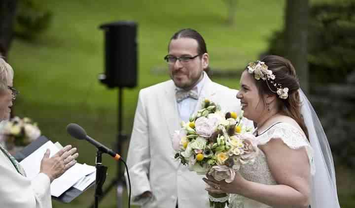 Love Connection Wedding Ceremonies