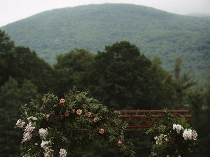 Tmx 1488991456870 Ceremonyflowerarrangementsbynectarroot Weddingflor Burlington, Vermont wedding florist