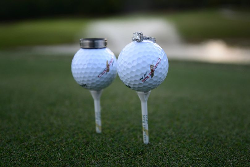 8d3b5f6e0579ef6b 1523297187 4d765b032bc2965f 1523297179829 1 Golf balls wedding