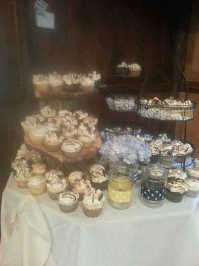 smore cupcake wedding