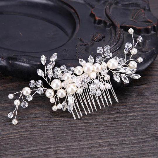 Evelyn Pearl Comb