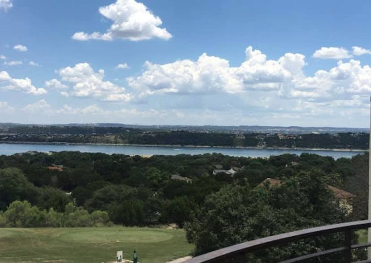 Hill country lake views