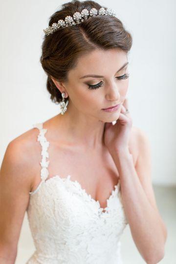 Princess style wedding look