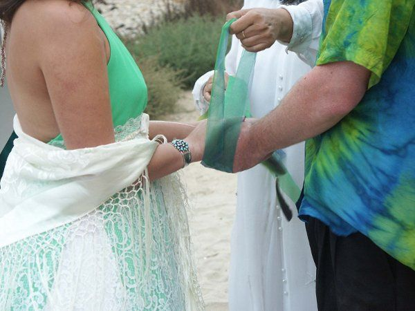 HandFasting Ceremony at the Beach