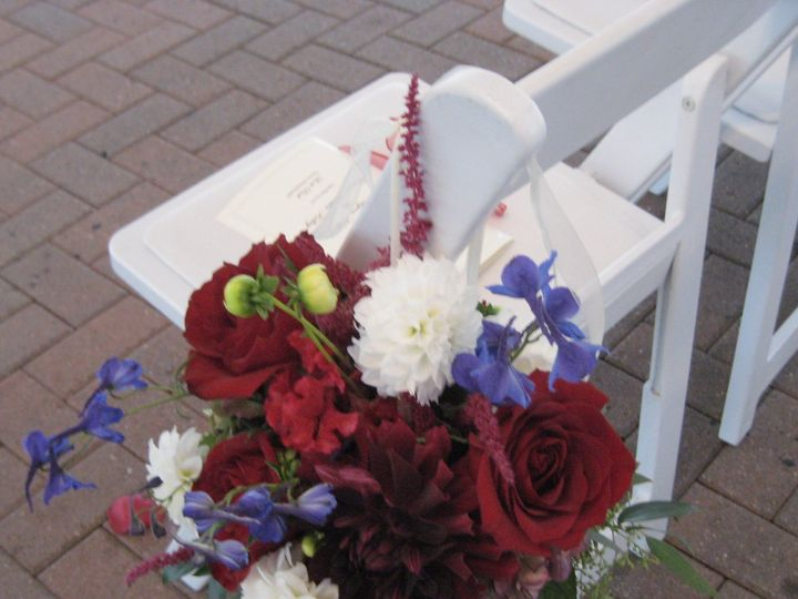 Tmx 1427135870209 Aisle Flrs R Wht Bl Westborough wedding florist