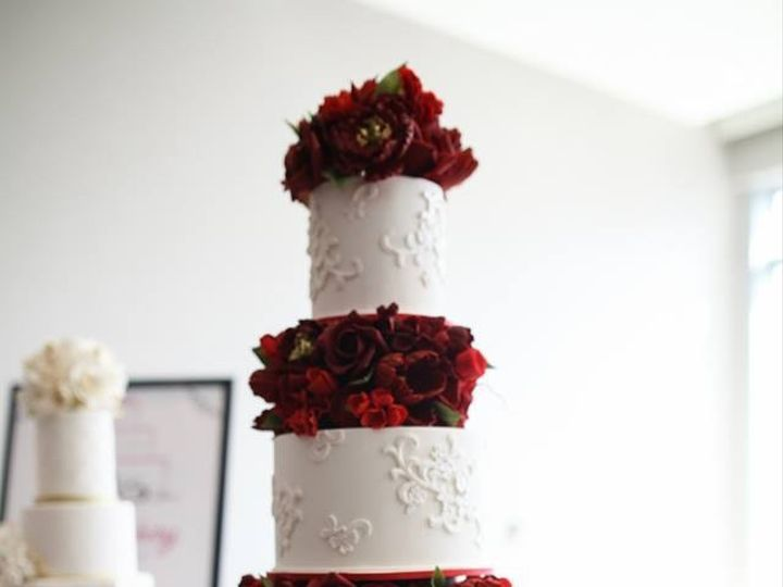Tmx 1473203088342 103854745381373229829232581120561838765483n Franklin Park wedding cake