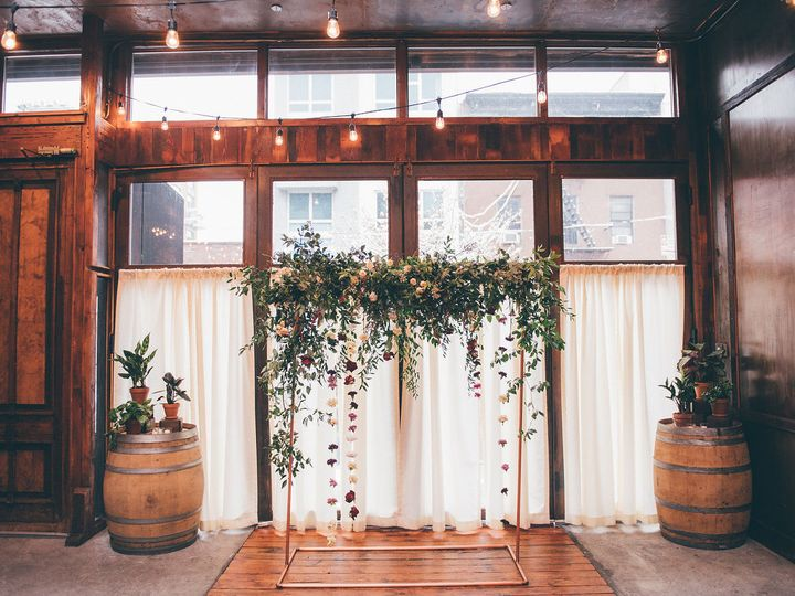 Tmx 1516744124 Bade4dfa65341f41 1516744122 60ef01c0bd3c32d8 1516744121990 18 I Wvmpqwd X2 Brooklyn, NY wedding florist