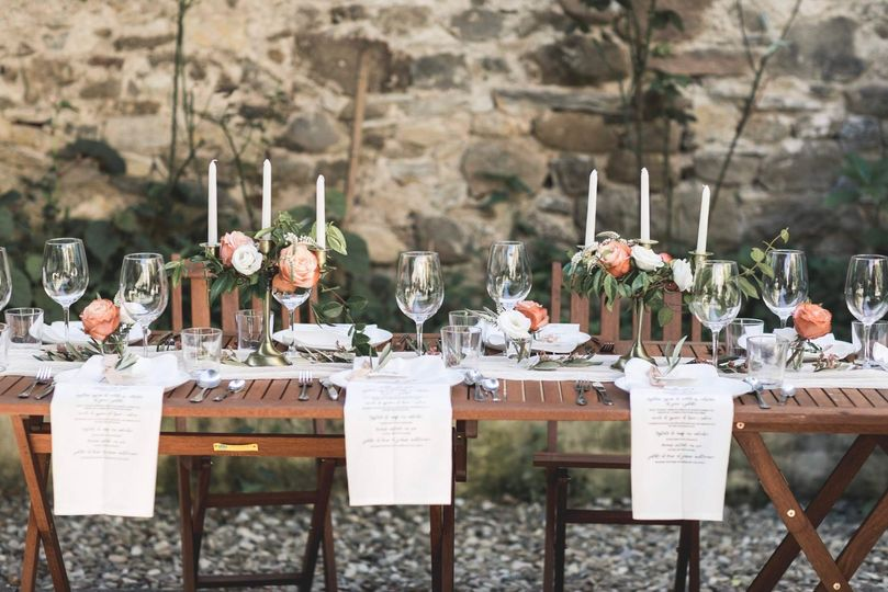 Outdoor wedding meal