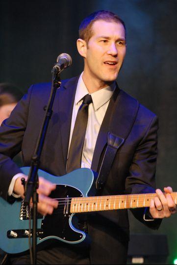 Lee - Guitar & Vocals