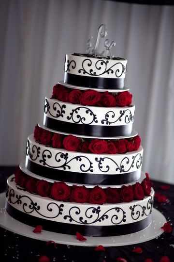 4 tier black scroll red roses
