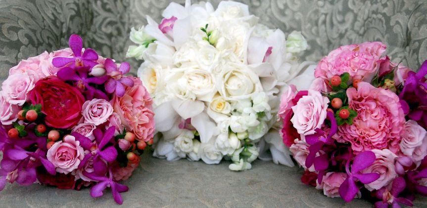 hide and seek design reviews ratings wedding flowers kentucky lexington louisville and. Black Bedroom Furniture Sets. Home Design Ideas
