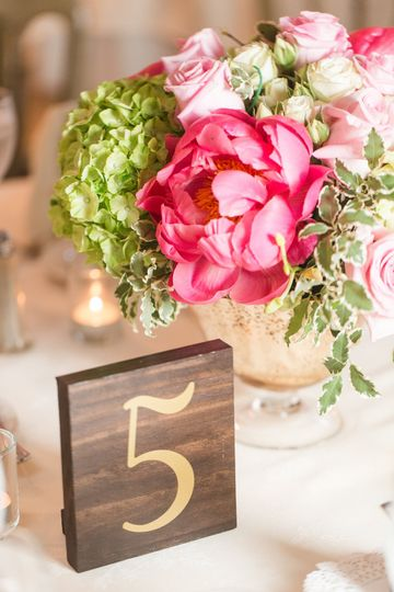Table numbers and centerpiece