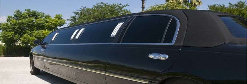 Black stretch limo