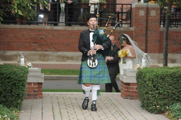 Michigan Bagpiper For All Occasions at the Rattlesnake Club in Detroit