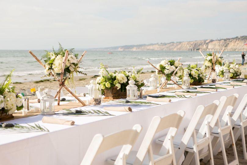 Sample beach table set-up
