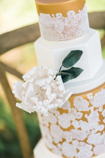 The buttery wedding cake