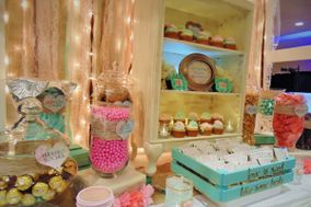 Sweet & Savvy Custom Candy Buffets