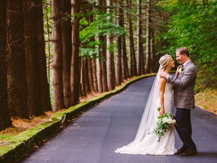 Tmx 1516027583 Bfc85cdff95bb37c 1516027581 Cb1f6214794e887a 1516027576571 38 449 Matt   Rachel Waynesville, North Carolina wedding venue