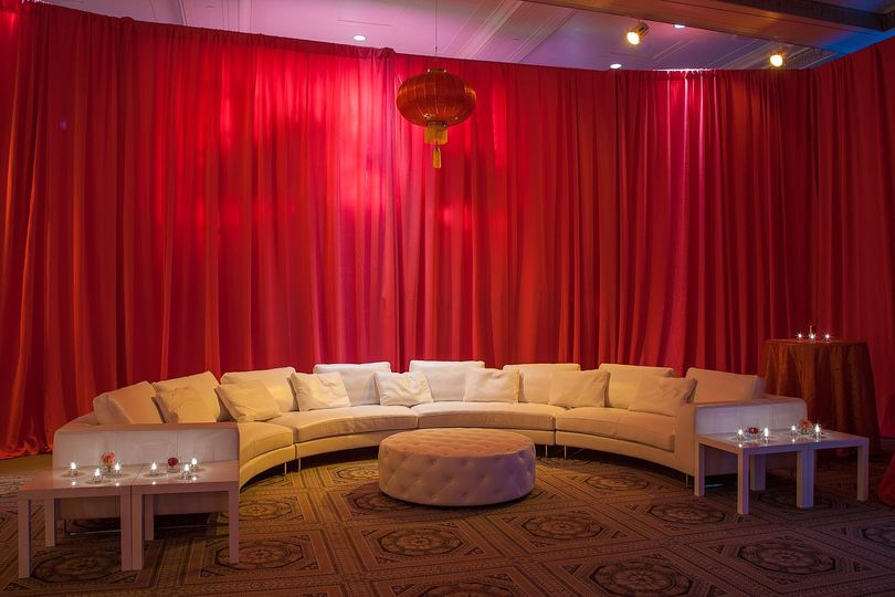 Fred & Suzanne Fields Sunken Ballroom