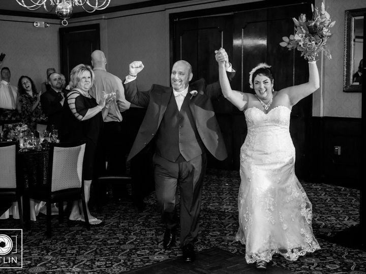 Tmx Hitlinphoto 087 5580 51 488095 159362610476726 Schenectady wedding dj
