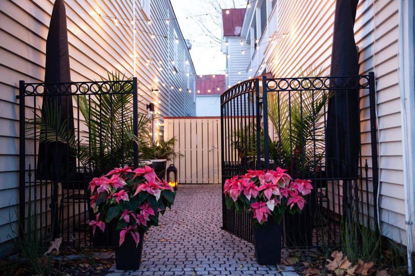 String-lit courtyard