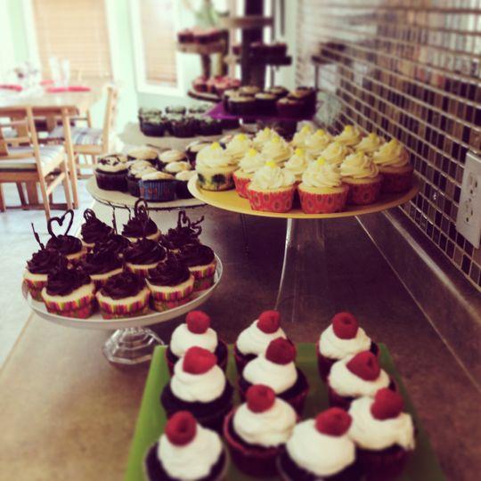 Open house cupcake display