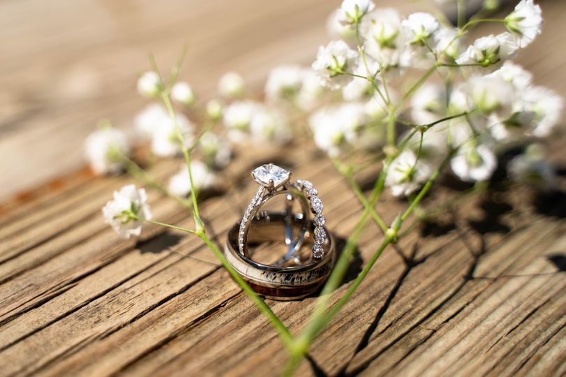 Beautiful rings and flowers