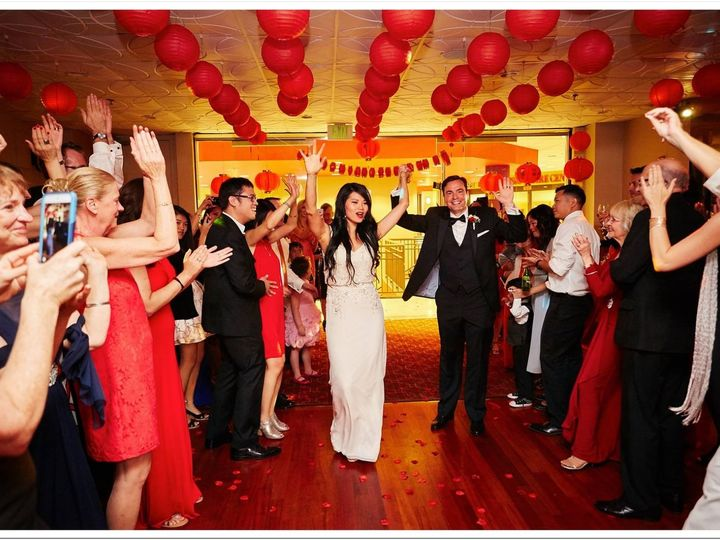 Tmx Gin Ben Ge 51 1924195 159402363114021 Seattle, WA wedding dj