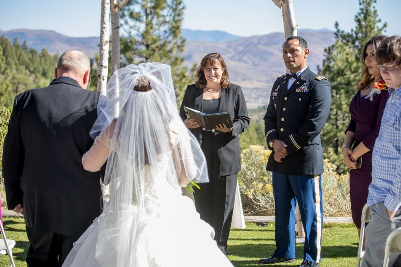 Tannenbaum Event Center was a beautiful natural setting for this couple who met in the military |...