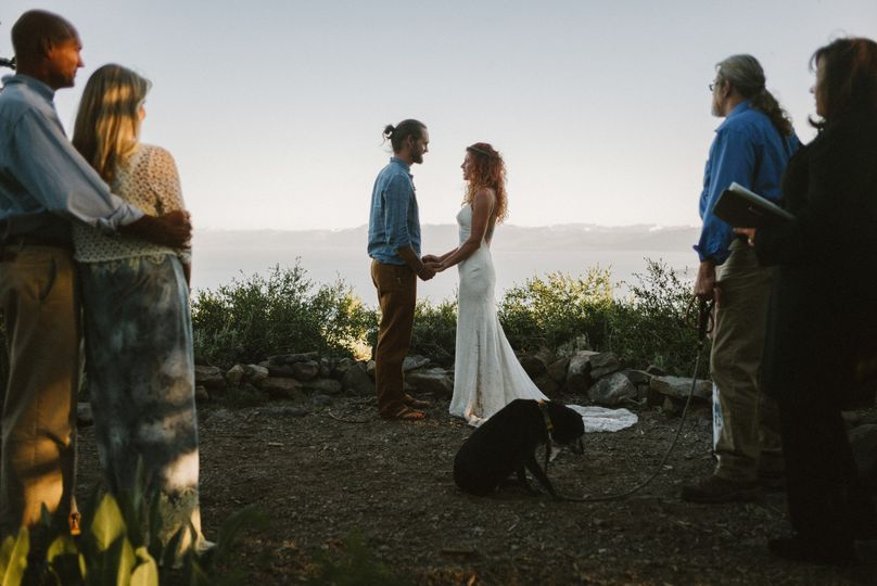 When a couple wants just their parents, their pup and an amazing Tahoe view! | Photo by Benj Haisch