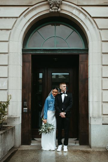 BRIDE + GROOM DOWNTOWN