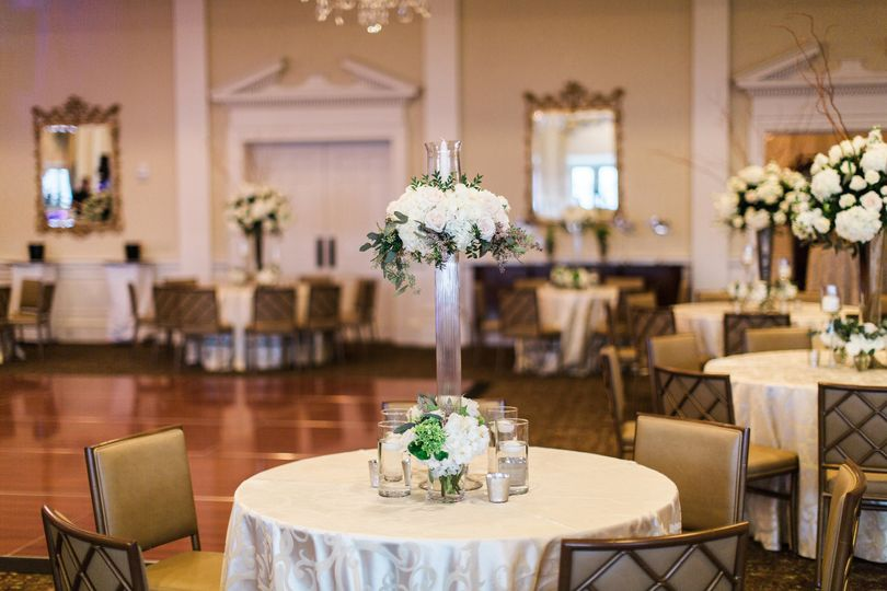Elegant ballroom | Photo Credit: Brooke Images