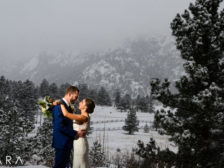 Tmx Lara Photography 152628 51 48195 159579638961172 Estes Park, CO wedding venue