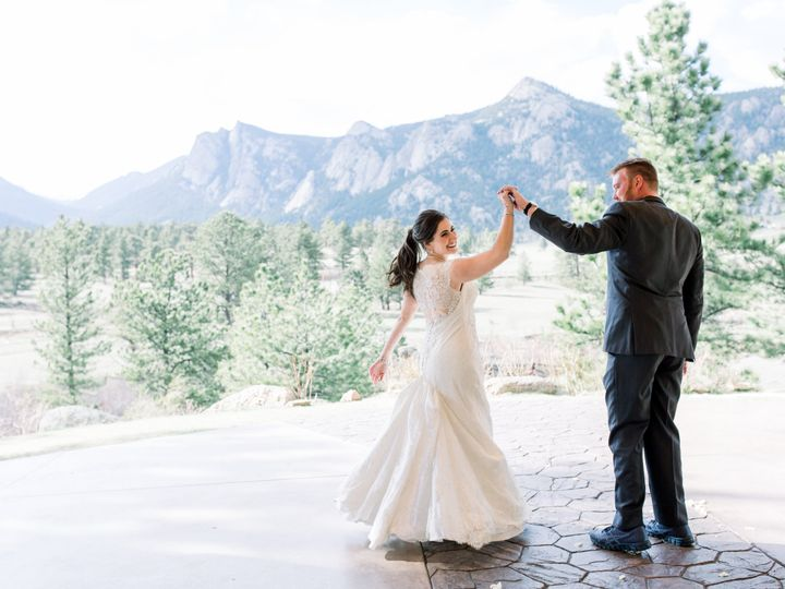 Tmx Michelewithonelcoloradoweddingphotographer 838 51 48195 159606964368127 Estes Park, CO wedding venue