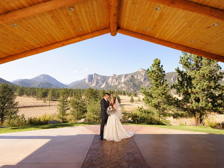 Tmx Sean Lara Photography 161726 51 48195 159606963350059 Estes Park, CO wedding venue