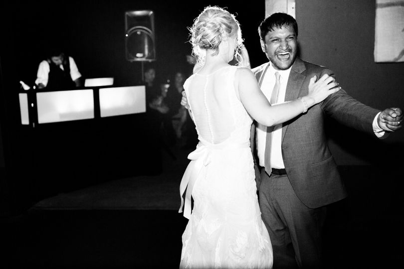 837c71bd1d230372 1476392338776 jm cellars woodinville wedding photographer