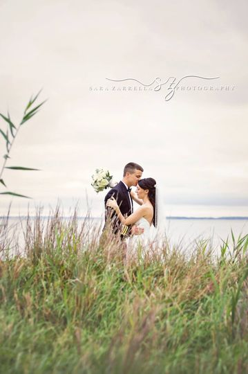 sarazarrellaphotography feature weddingwire0009