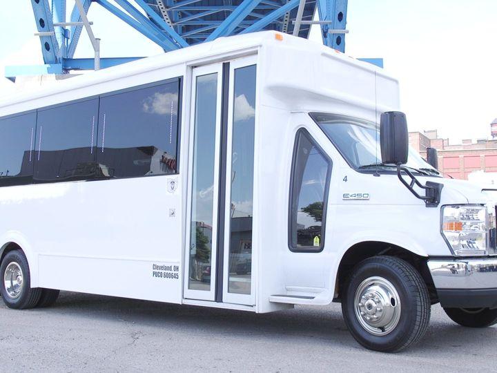 Tmx Plat4 2 51 650295 North Royalton, Ohio wedding transportation