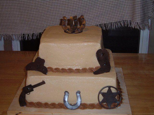 Tmx 1362760381758 Groomscake Kingston wedding cake