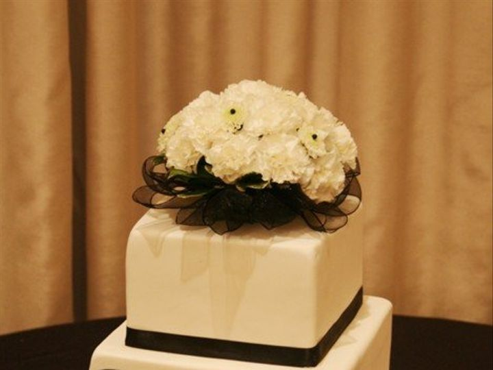 Tmx 1362760393274 Modernweddingcake Kingston wedding cake