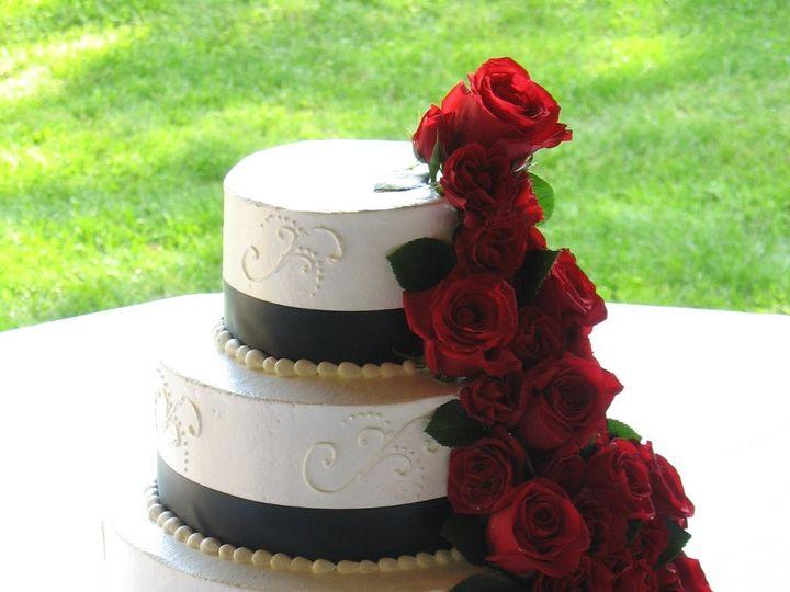 Tmx 1362760435299 Redroses Kingston wedding cake