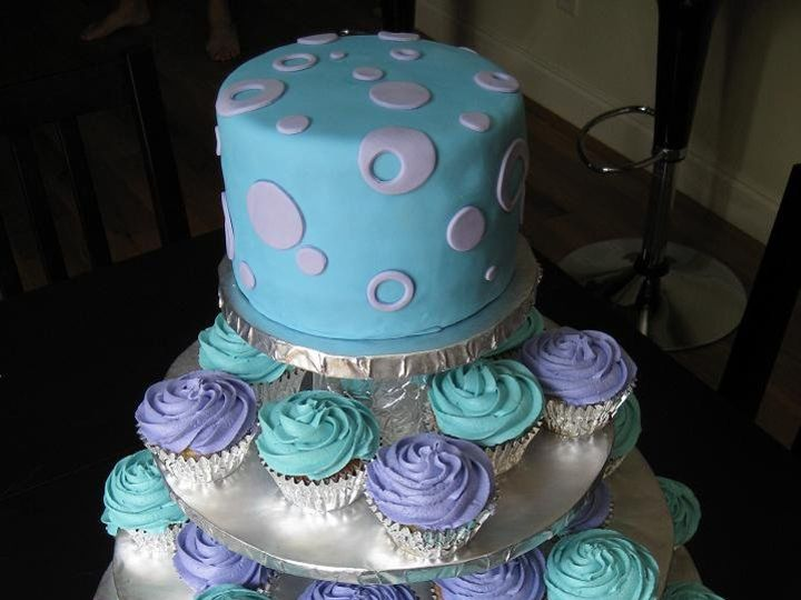 Tmx 1362760449778 Weddingcakew.cupcakes Kingston wedding cake