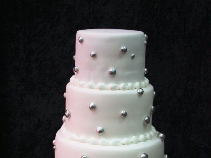 Tmx 1362760460999 Whiteandsilvercake Kingston wedding cake