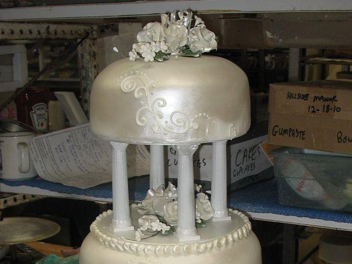Tmx 1362760465585 Whiteshineywedding Kingston wedding cake