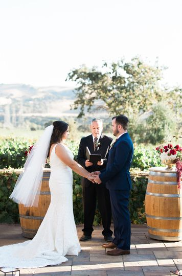 5cc10a7f274bf763 Sarah Mitch Vineyard Wedding 167