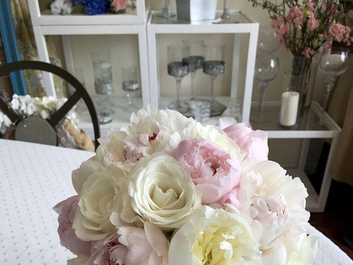 Tmx 1529122972 488d894f17f9e3c9 1529122970 Bcaf2f0a1279d3b1 1529122974370 1 IMG 1915 2 Melville, New York wedding florist