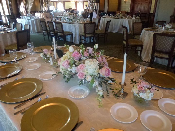 Tmx 1529123212 E34b8ce52845b6c9 1529123211 6e03cd170c8f60d4 1529123214351 3 P1020424 Melville, New York wedding florist